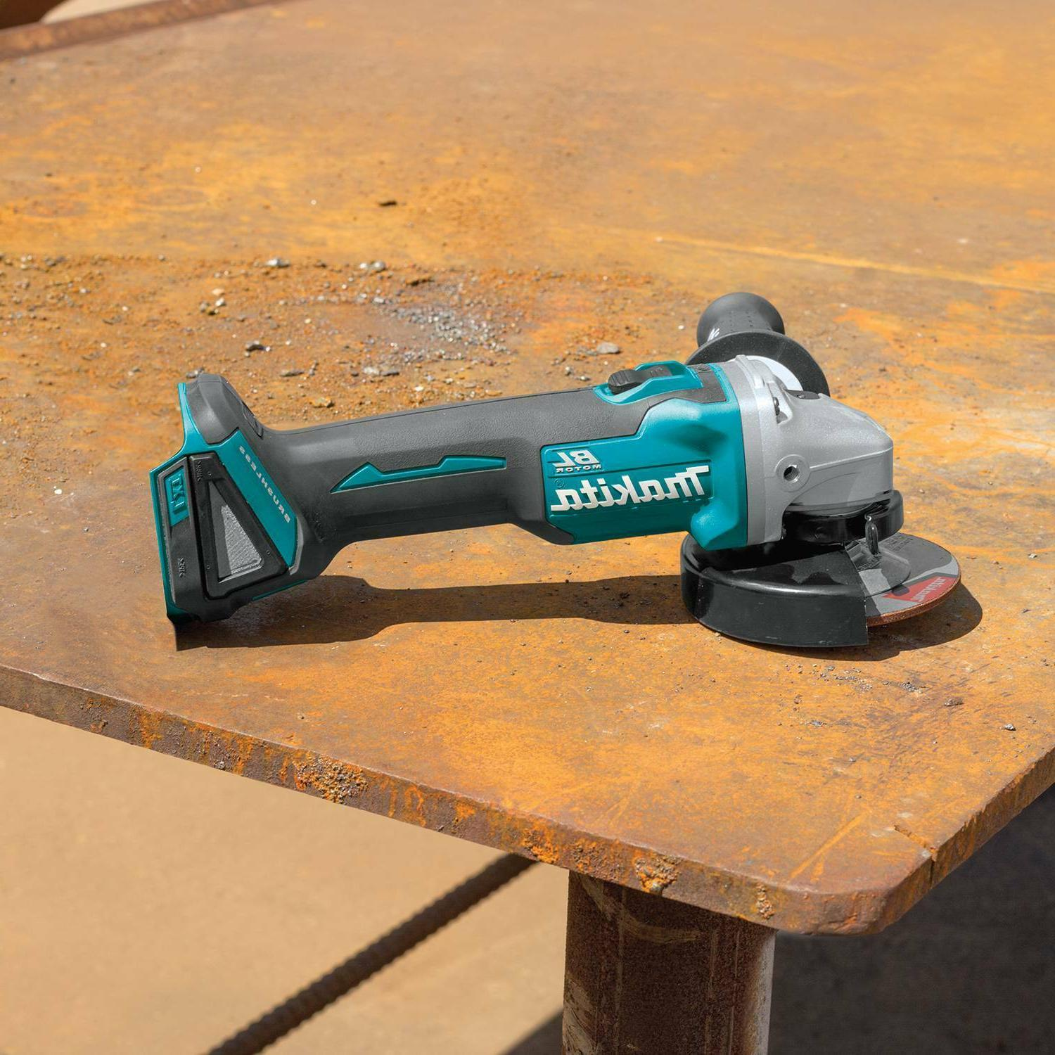 Makita Lithium-Ion Brushless 4-1/2 5 in.
